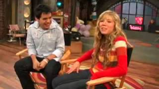 iCarly - Hurry Up (podcast)