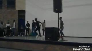 Survivor pila dance