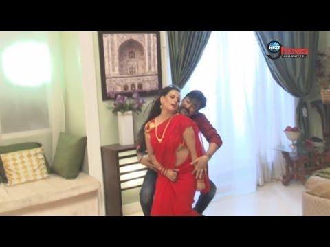 Xxx Mp4 देखें कैसे की जाती है बोल्ड और हॉट गाने की शूटिंग विडियो वायरल WATCH Bhojpuri Bold Song Shooting 3gp Sex