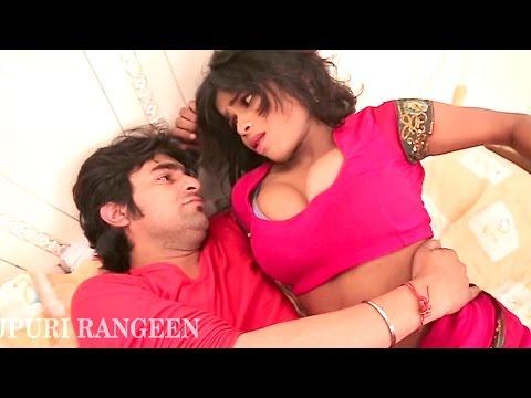 Xxx Mp4 जोबनवा धके बढ़ावे साइज Jobanwa Dhake Badhawe Size Bhojpuri Hot Song 2017 New 3gp Sex