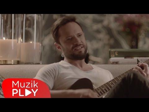 Özgün Bu Kadar mı Zor Official Video
