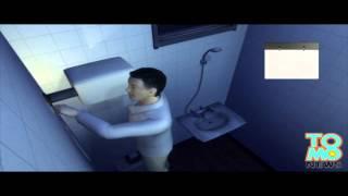 Naga Azjatka pod prysznicem