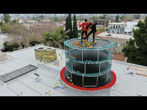 TRAMPOLINE TOWER WITH BALL PIT