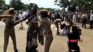 Police became rough on the protesting Transgender - MUST WATCH  - Red Pix