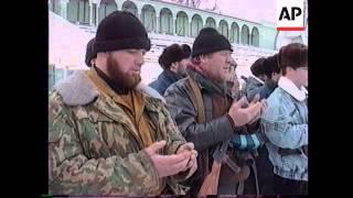 RUSSIA: CHECHNYA: SOLDIERS SWORN IN