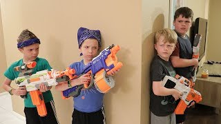 Nerf War:  Extreme Toys TV take on Twin Toys!