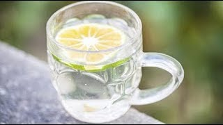شاهد ماذا يفعل كوب ماء بالليمون إذا شرب على معدة فارغة معجزة طبية