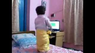 Bengali baby dancing with computer song LUNGI DANCE