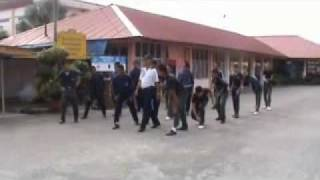 Latihan Asas Kawad Kaki Kadet Polis SMKSR