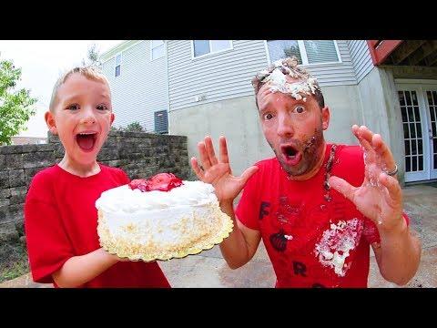 Xxx Mp4 FATHER SON CAKE AGEDDON Face Smash 3gp Sex