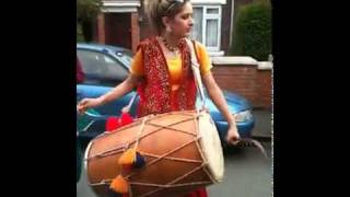 Pakistani Girl Dhol in England.