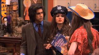 Victorious (S01E19) Sleepover at Sikowtiz's (Jade's part) - Alabama Accent