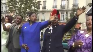 Charles MOMBAYA Je Suis La Tete Et Non La Queue