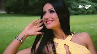Mohácsi Brigi - Dalolj, ölelj, szeress (Official Music Video)