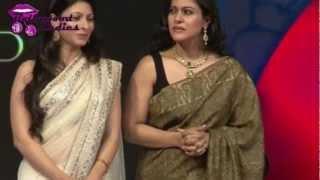 Kajol & Tanisha in Sleeveless Blouse