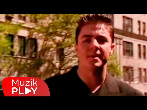 Burak Kut Yaşandı Bitti Official Video