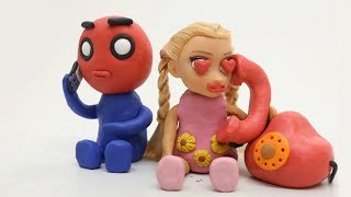 Baby Elsa and Spiderman In Love ❤️ Play doh Superhero Videos ❤️ Babies Stop Motion Movies