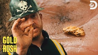 Team Rick Finds A Gold Nugget! | Gold Rush