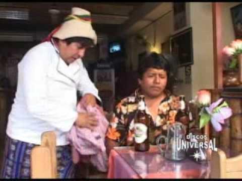 El Cholo Cirilo y El Loco Pildorita En El Restaurat La Choza Lima Peru 2008