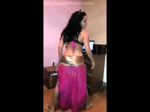 Hot Collage Desi Girl Dance In Home