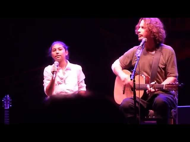 Chris Cornell and daughter Toni - Redemption Song (cover) @ Beacon Theatre in NYC 10/19/2015