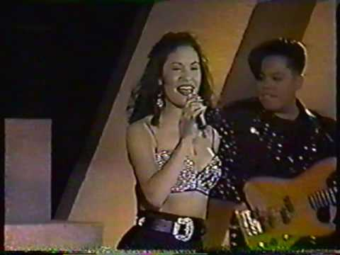 Selena Quintanilla La Carcacha Siempre En Domingo 1992