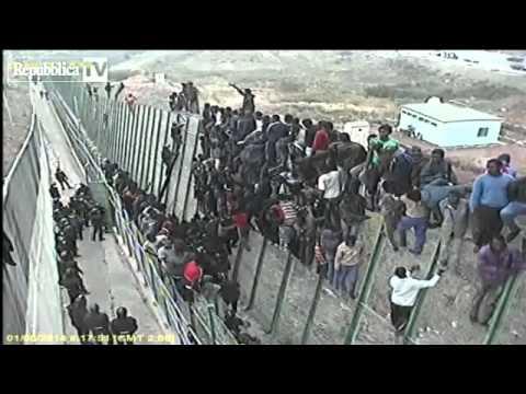 Melilla l assalto di centinaia di migrant