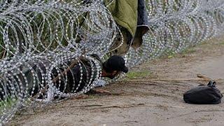 فرانس24 ترافق أحد المهاجرين في اجتيازه للحدود المجرية