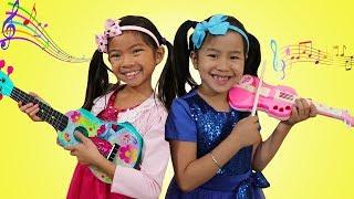 Jannie & Emma Pretend Play w/ Guitar Music Toys & Sing Kids Songs Nursery Rhymes
