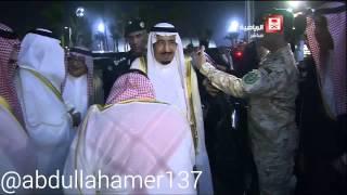 الملك سلمان يسأل عبدالله بن مساعد عن شنبه