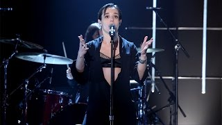 Savages Performs 'Adore'