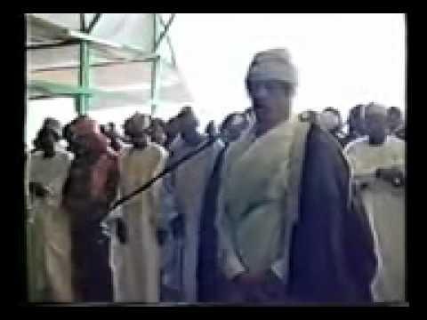 Xxx Mp4 القرآن الكريم بصوت القذافي يصلي بمليون مسلم في نيجيريا 3gp Sex