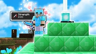 UNLIMITED STRENGTH with a BEACON! | Minecraft SKYWARS (2-HIT KILLS!)