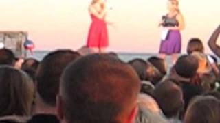 """Taylor Swift - """"Mine"""" Music Video Premier, LIVE In Kennebunkport, Maine"""