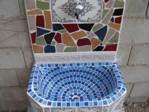 Fuente pileta fregadero aguamanil grifo de jardin con trencadis