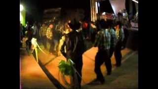 RAZA LOS PLEBES coreografia de xv años huapango (hermanos zamarron - los coconitos)
