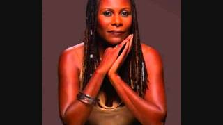 Brenda Russell featuring Patti Austin - Between the Sun and the Moon