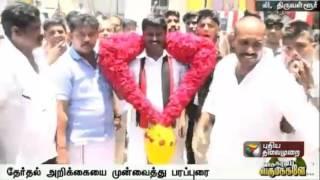 DMK candidate Paranthaman seeks vote in Poonamallee