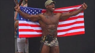IFBB Pro Robert Johnson Brings It To Muscle Beach