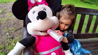 Minnie Mouse Car Accident / Clubhouse Minnie Pink Car / Disney Junior Video