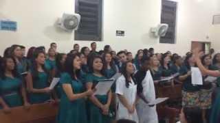 Conjunto cantando Chegou o Avivamento (Trio Nascimento)