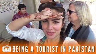 BEING A TOURIST IN PAKISTAN   Lahore Fort (Pakistan #11)