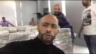 """سر """" دولارات """" محمد رمضان التي أشعلت مواقع التواصل الاجتماعي"""