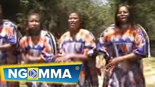 Emali Town Choir - Umejivalia Ngozi Ya Kondoo