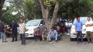 Nurdin Krakitan, Suasana pengantar pelantikan di luar Pendopo kabupaten Klaten