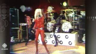Motley Crue 1982 - short but very rare LIVE!