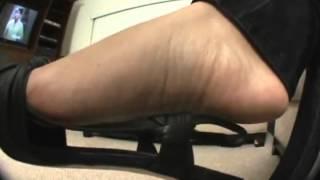 FootFiasco3  Kenna Dangle