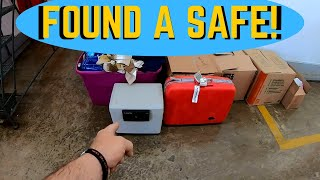 FOUND HEAVY SAFE I Bought An Abandoned Storage Unit And Found This / What Is Inside The Safe