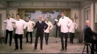 Louis de Funès - Le grand restaurant (1966) - Cossacks  Dance