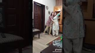 2 beautiful hot girls big boobs show boobs dance in Pakistan by tik tok 18+ videos